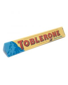 Toblerone Milk Chocolate with Salted Caramelised Almonds (100g) 瑞士三角杏仁牛奶巧克力制品(含蜂蜜及杏仁)
